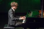 Пианист Люка Дебарг предстал в качества композитора