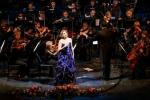 Надежда Кучер выступила со своим первым сольным концертом с оркестром